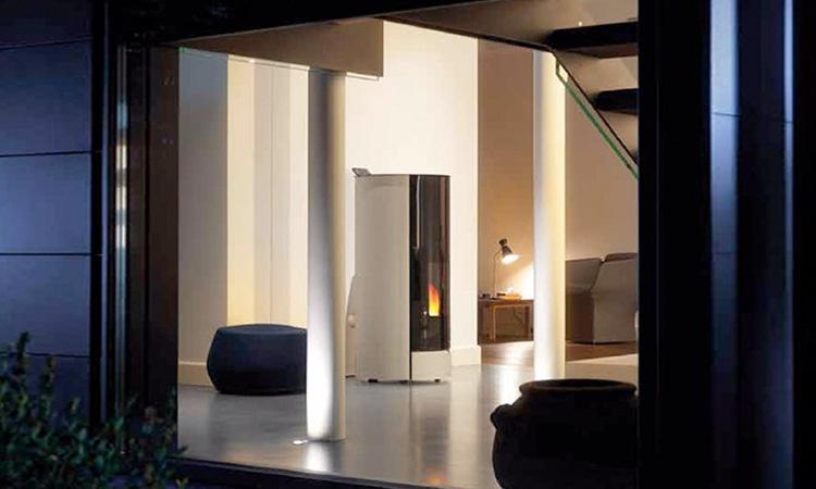 INÉS 9 WHITE GLASS/ BLACK GLASS颗粒壁炉